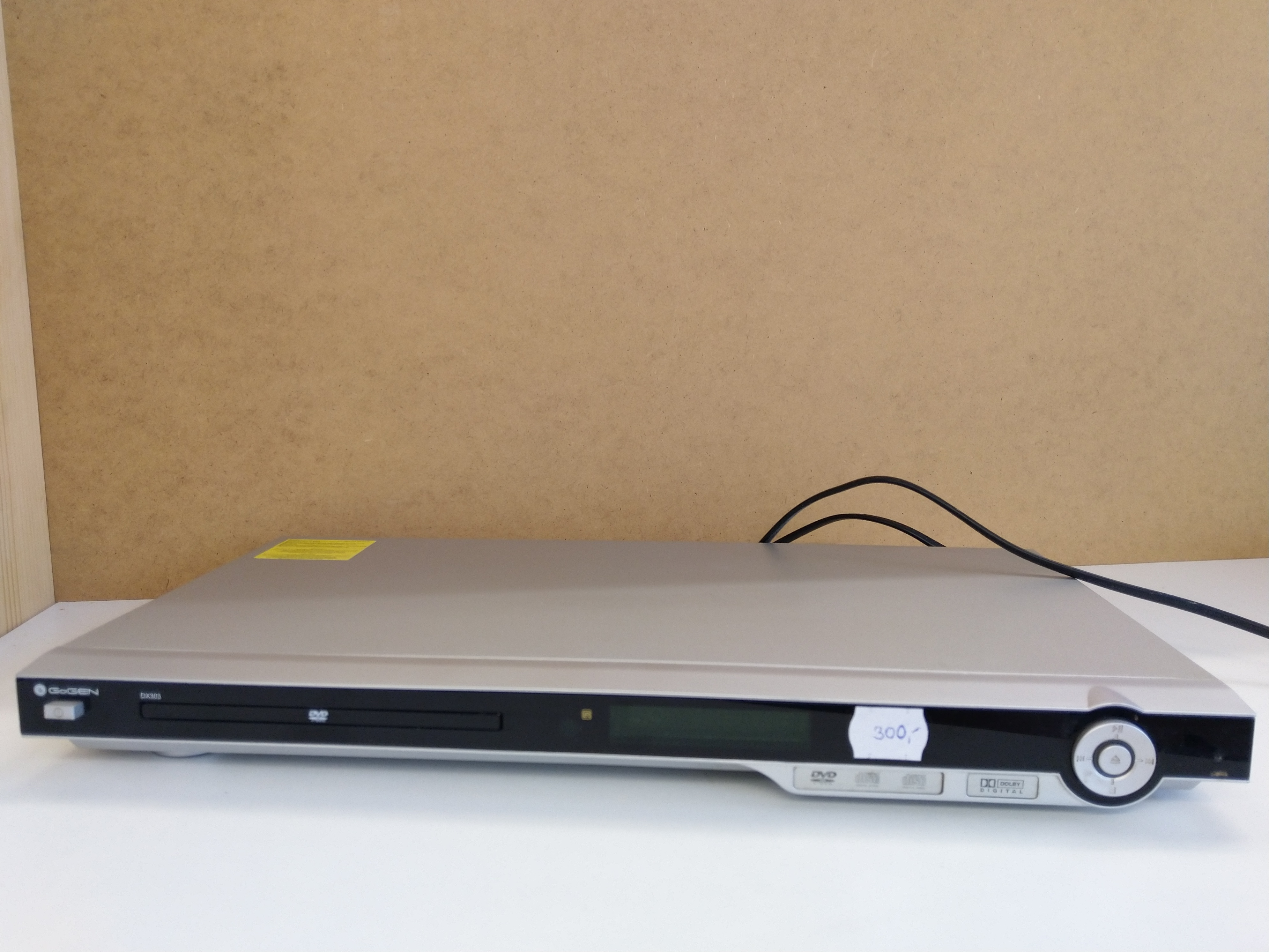 DVD player GoGen DX303
